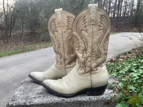 Size 8.5 men's or 10 women's Montana boots