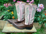 Size 6.5 women's Rios of Mercedes boots