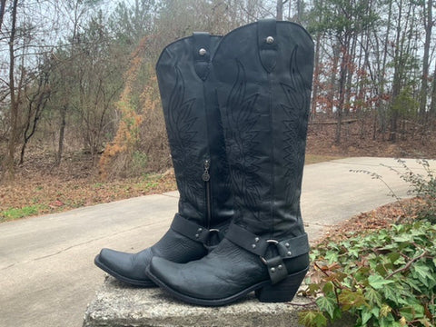Size 9.5 women's Liberty Black boots