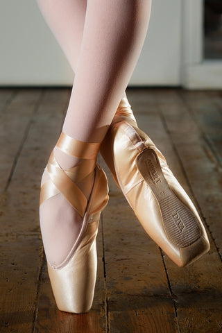 Merlet Diva pointe shoe - Just Ballet