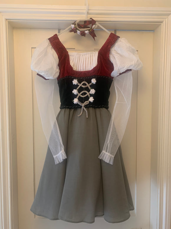 Peasant dress from the Bolshoi Theatre - Hire only
