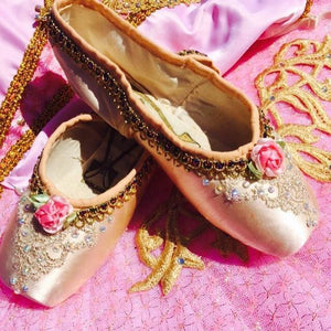 Decorated pointe shoes - Golden Rose