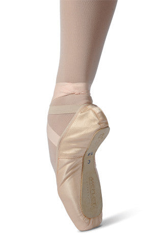 Merlet No2 pointe shoe