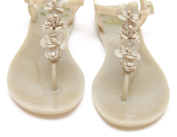 CHANEL Sandal Camellia Jelly Oyster Beige Thong Buckle Rubber Sz 38 2016 - Evesherfashion