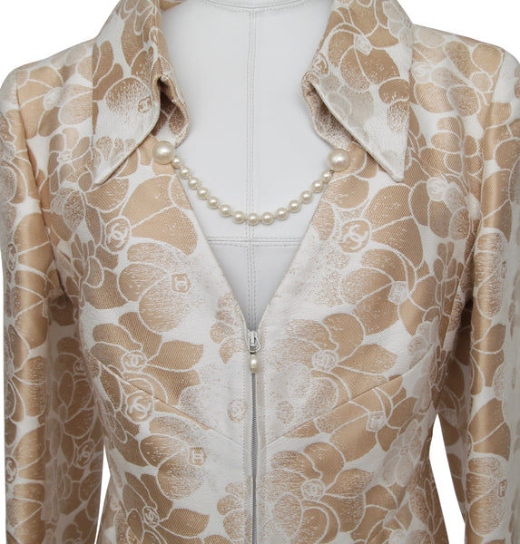 CHANEL Jacket Blazer Coat Camellia Cream Gold Pearl Sz 42 SPRING 2001 - Evesherfashion