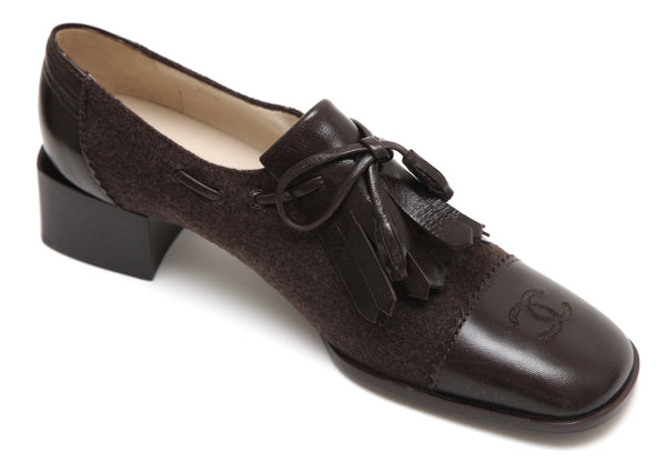 CHANEL Brown Leather Felt Oxford Loafer Shoe Kilt Heels Tie Sz 37.5 VINTAGE - Evesherfashion
