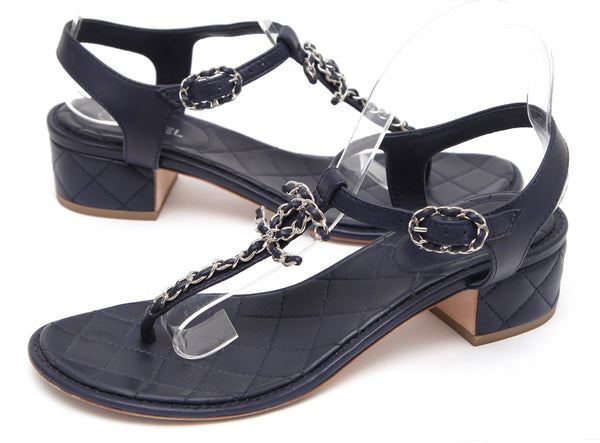 CHANEL Sandal Thong Navy Blue Leather T-Strap Silver Chain Link 38 Cruise 2016 - Evesherfashion