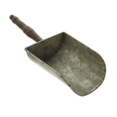 "Shabby Look Metal Shovel Scoop ""Nostalgia"""