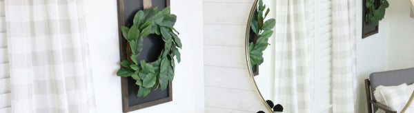 Magnolia Wreath Chalkboard Wall Décor: The Easiest DIY Ever