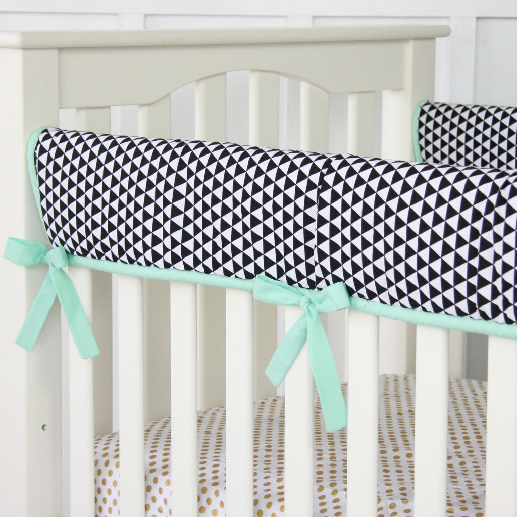 Mint crib rail cover