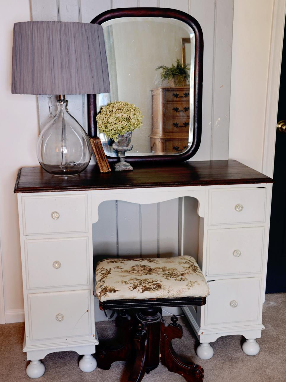 vintage nursery finds: vanity table