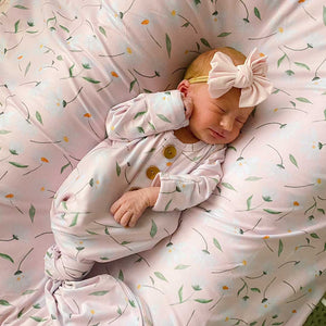 pink daisy knotted gown newborn set