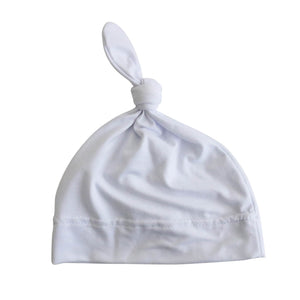 white newborn knotted hat