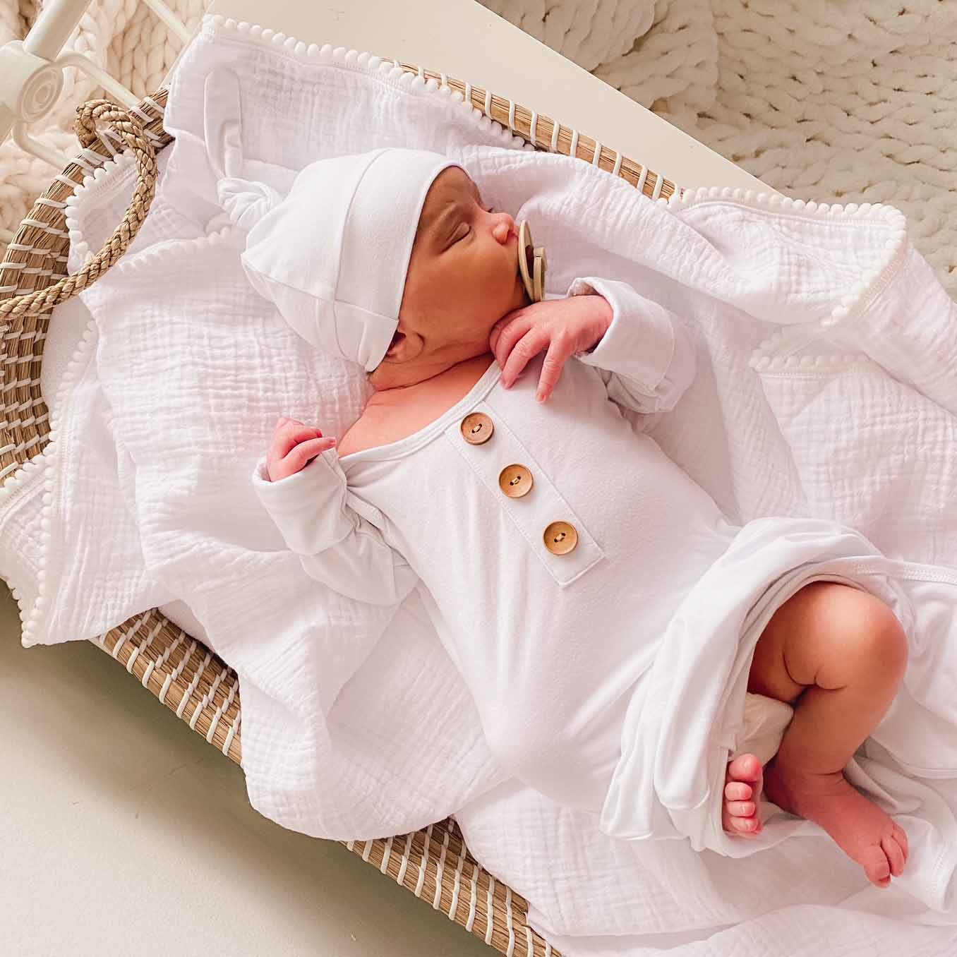 0-3 Months Avocado Brown/&White, 60 Koloyooya Newborn Baby Striped Gown Swaddle Wrap Knotted Sleepwear Sleeping Bags with Headband Hat