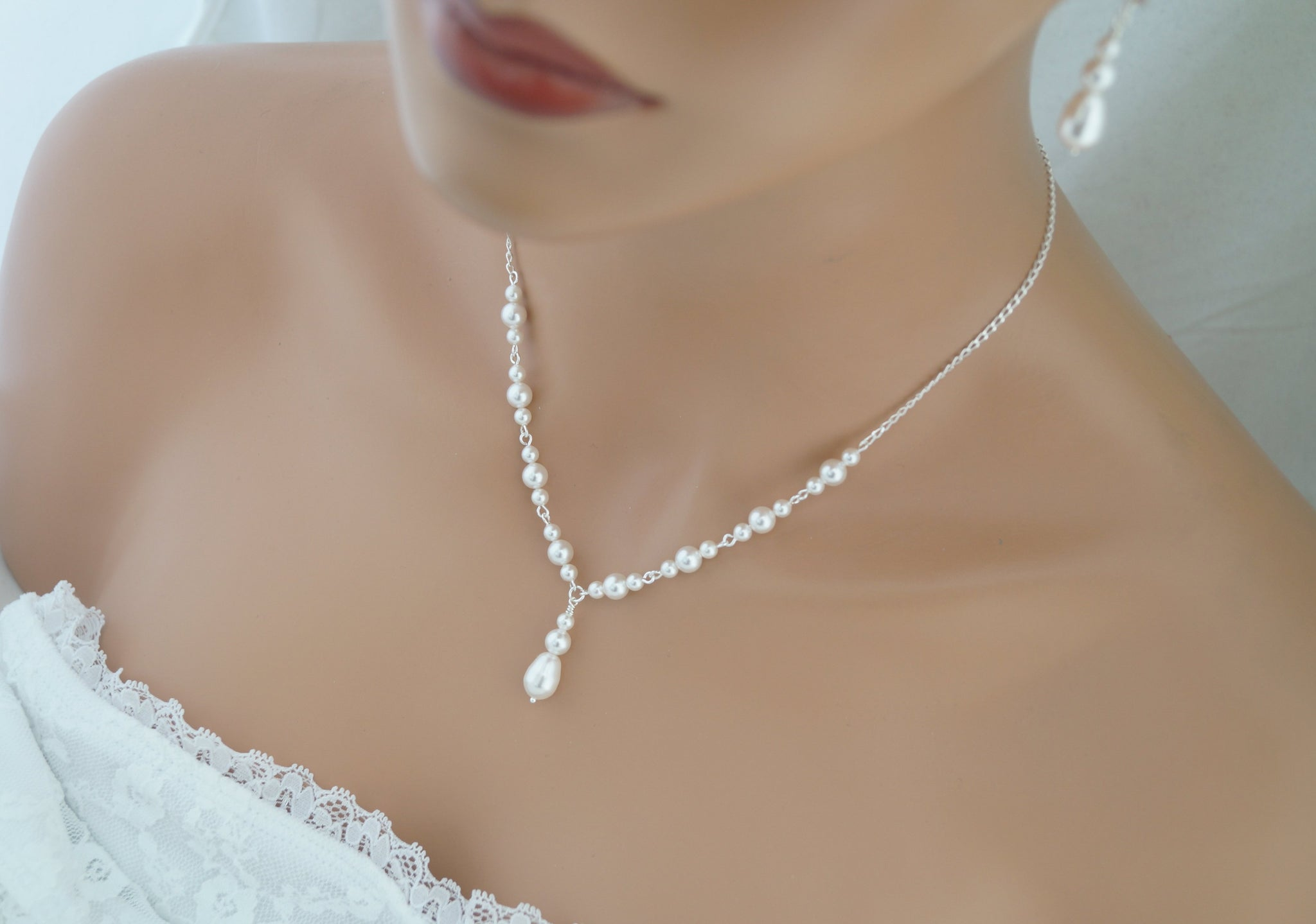 White Pearl Necklace and Earrings Set Wedding Jewelry Set - Clairesbridal - 3