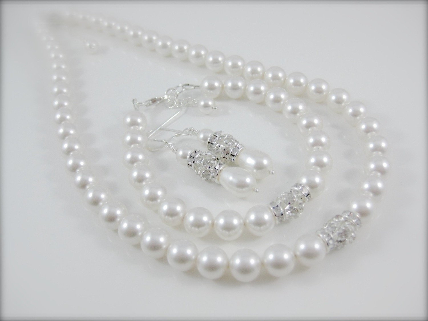 pearl necklace, bracelet and earring set - Clairesbridal - 1
