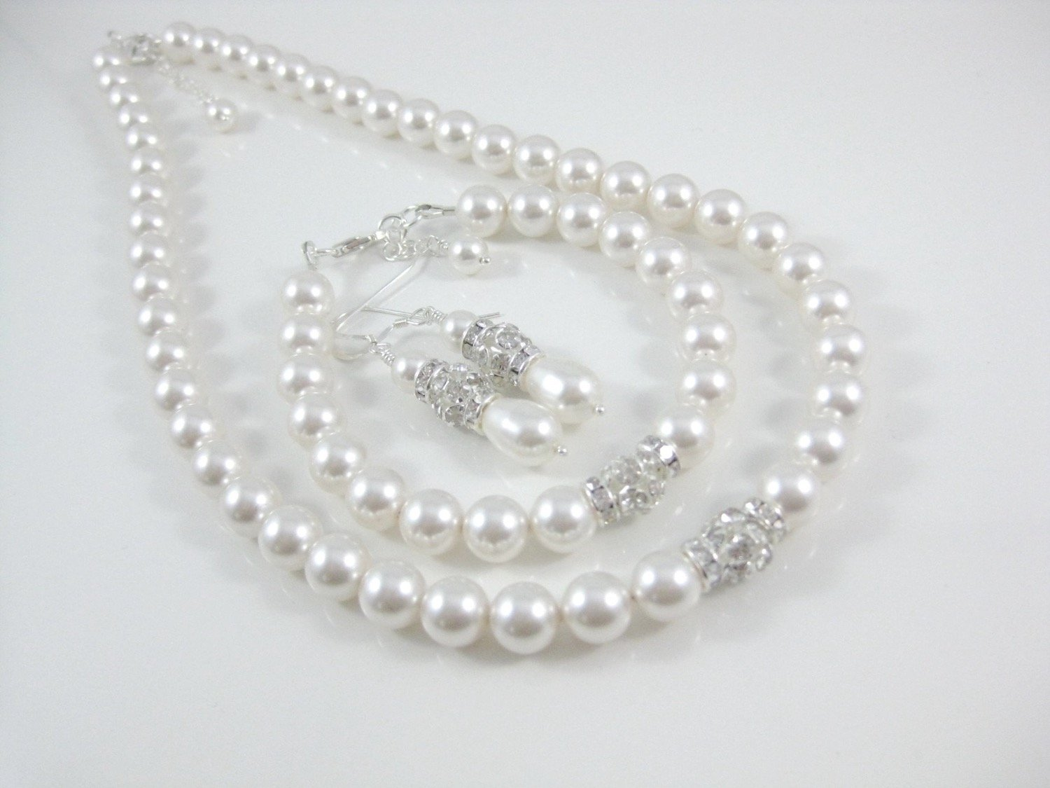pearl necklace, bracelet and earring set - Clairesbridal - 2