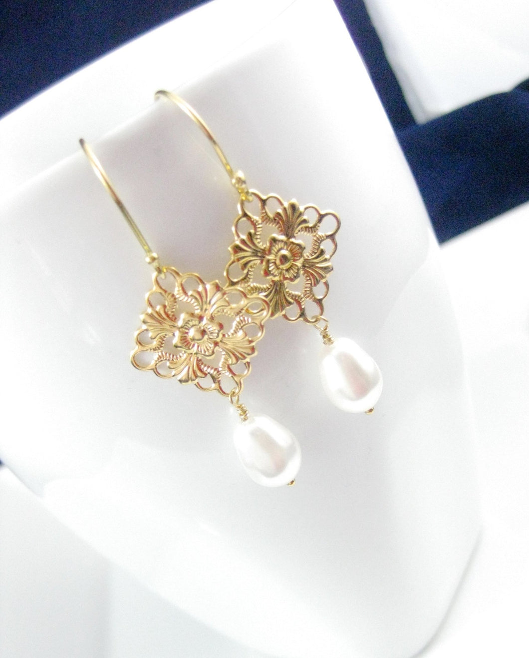 Gold and white pearl bridal earrings - Clairesbridal - 1