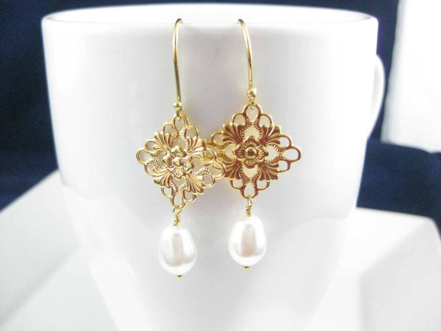 Gold and white pearl earrings bridal jewelry - Clairesbridal - 3