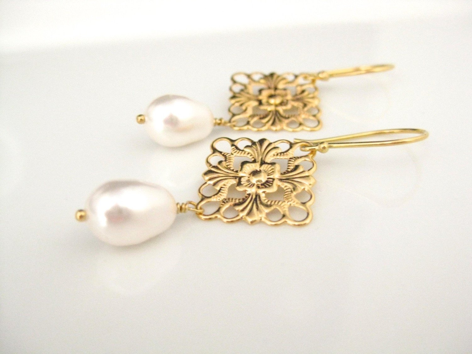 Gold and white pearl earrings bridal jewelry - Clairesbridal - 4