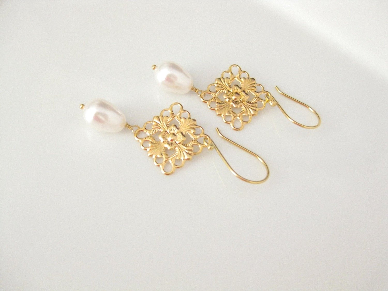 Gold and white pearl earrings bridal jewelry - Clairesbridal - 2