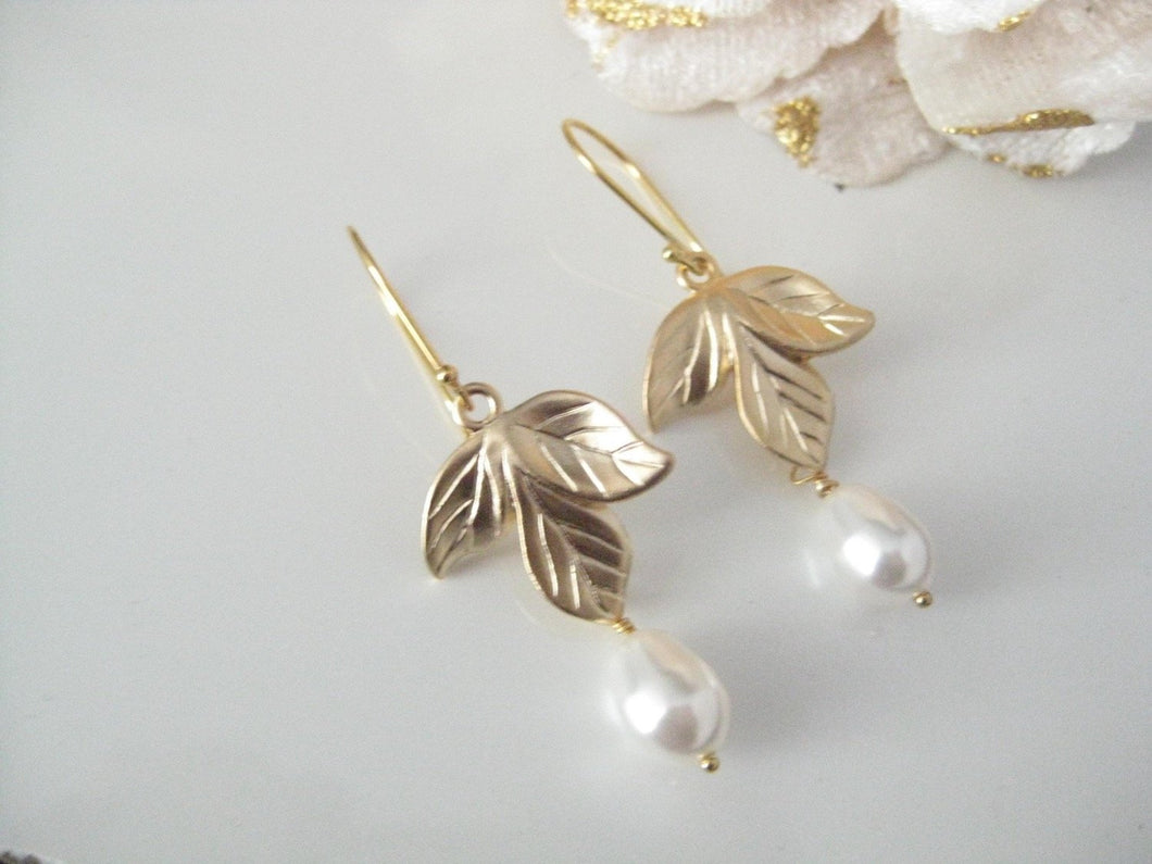 White And Gold Orchid Earrings - Clairesbridal - 1