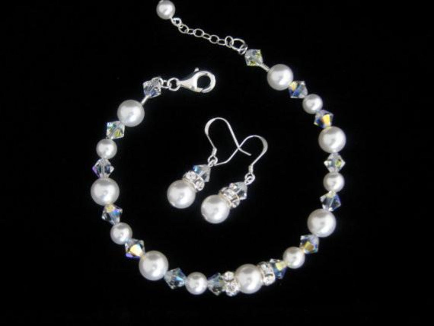 Wedding pearl bracelet and earrings for brides - Clairesbridal - 3