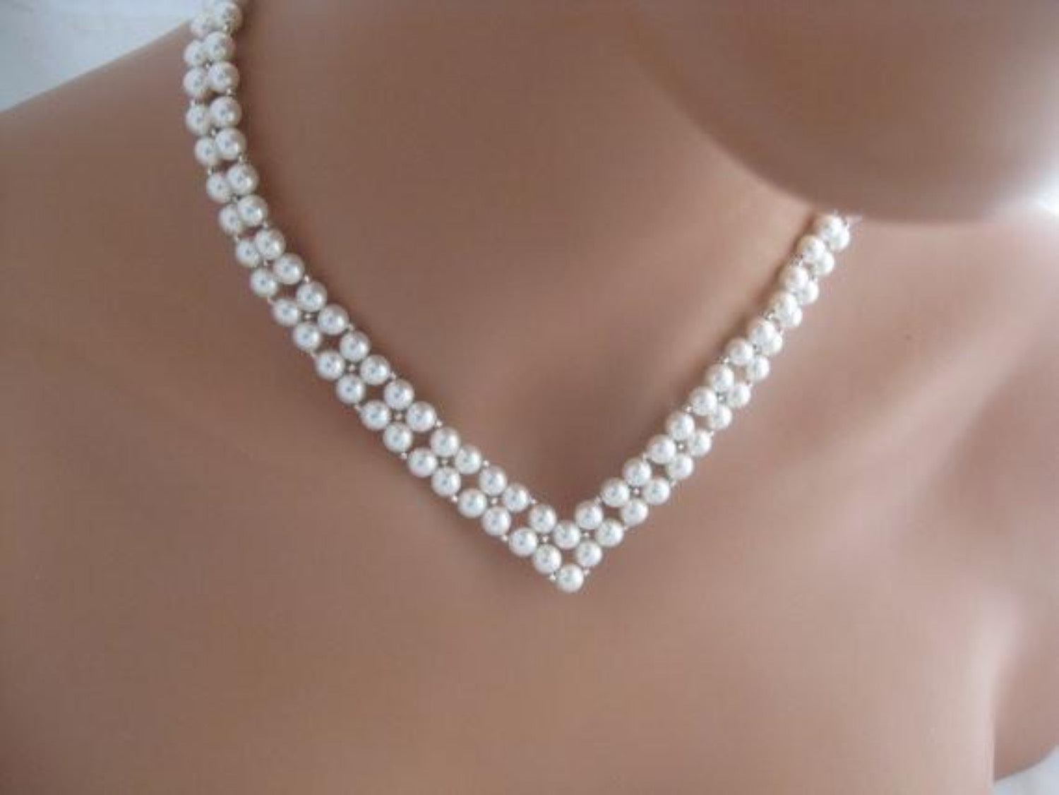 V Shaped Bridal Necklace Wedding Jewelry Pearl Necklace - Clairesbridal - 3