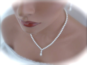 White pearl wedding necklace and earrings set - Clairesbridal - 3
