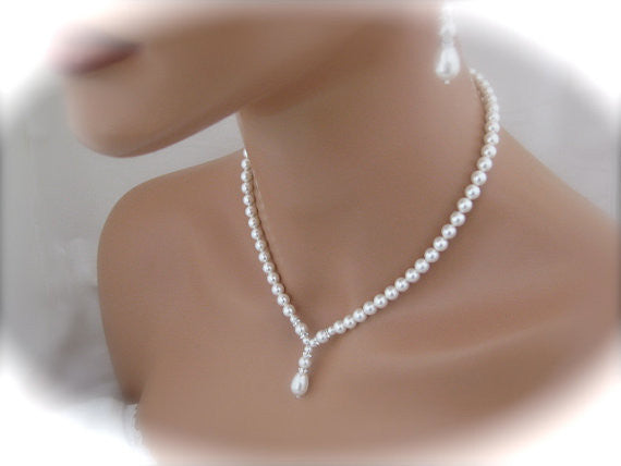 White pearl wedding necklace and earrings set - Clairesbridal - 4
