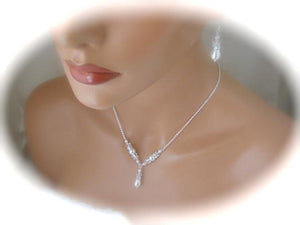 Delicate Pearl Necklace and Earring Set for Wedding - Clairesbridal - 1