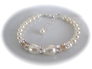 Elegant Wedding Jewelry Set, Pearl and Crystal Necklace and Bracelet - Clairesbridal - 2