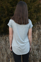 girls basic v-neck tee-grey