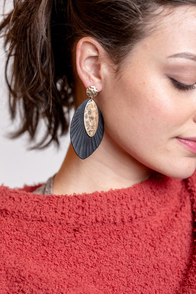 viva metal post earrings with fringe drop-black
