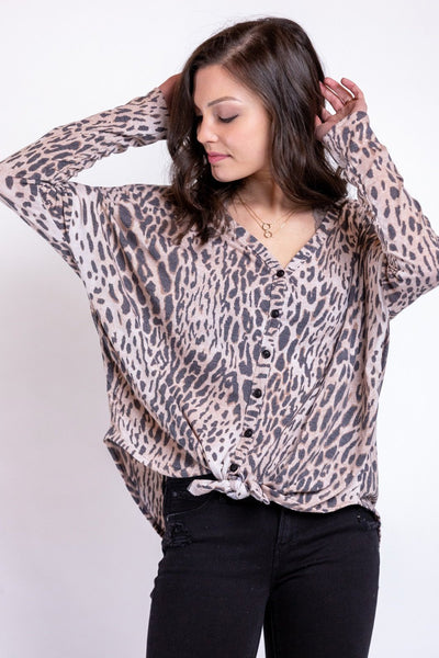 style maker leopard top
