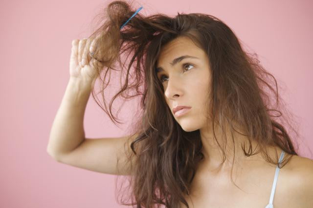 6 Signs Your Hair Is Damaged — And What to Do About It