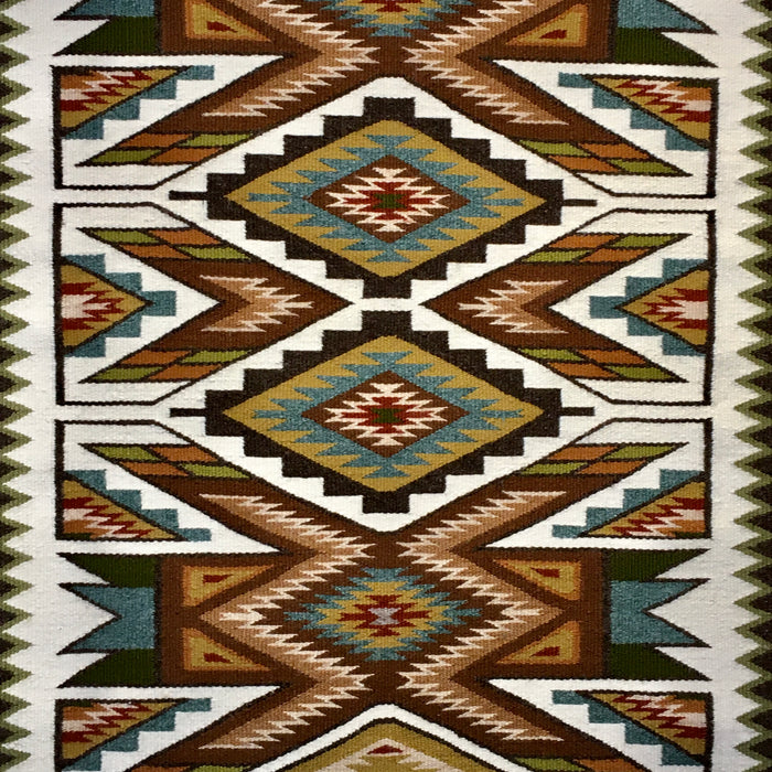 Navajo Rugs at Raven Makes Native American Art Gallery