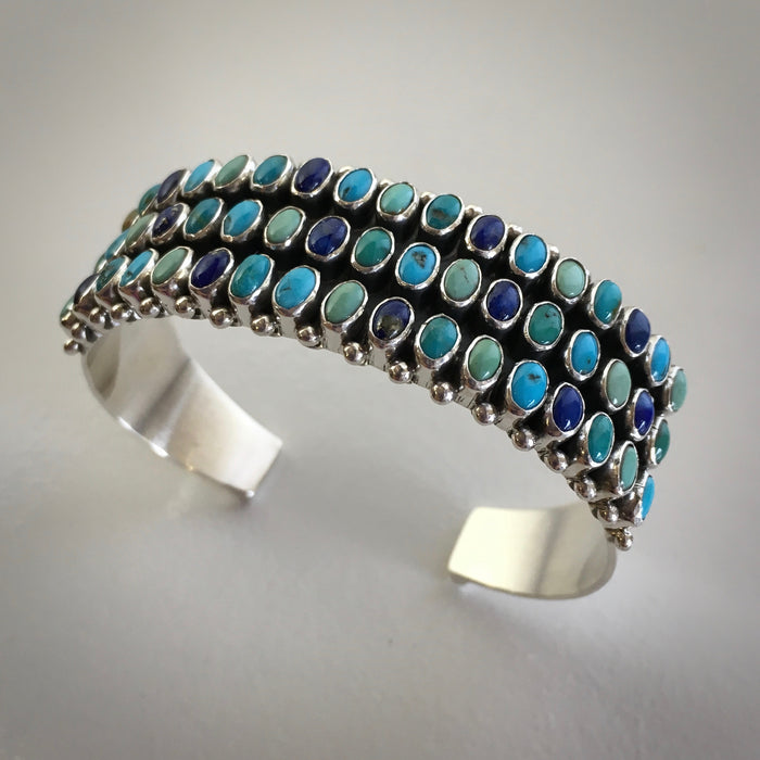 Navajo Jewelry at Raven Makes Native Jewelry and Art Gallery