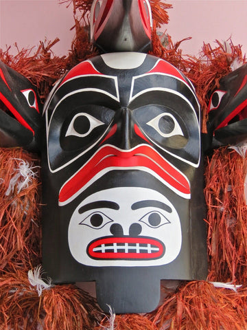 Bakbakwalanooksiwae Mask, by Gary Peterson