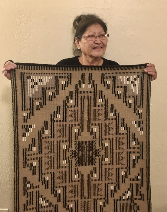 Navajo Weaver Marie Sheppard at Raven Makes Gallery