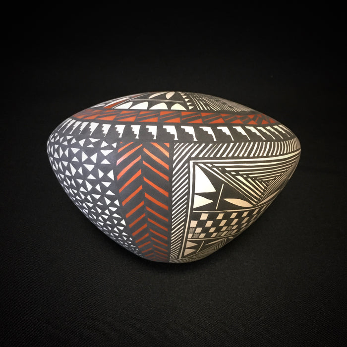 Sandra Victorino Acoma Pottery at Raven Makes Gallery
