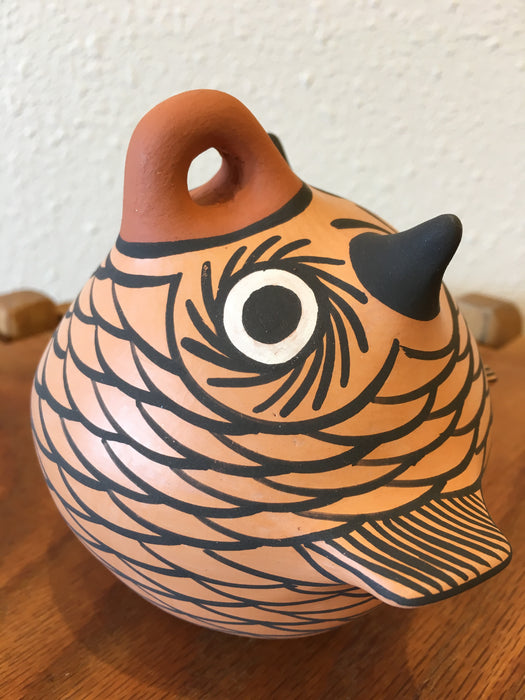 Owl Effigy Zuni Pot, by Anderson and Avelia Peynetsa