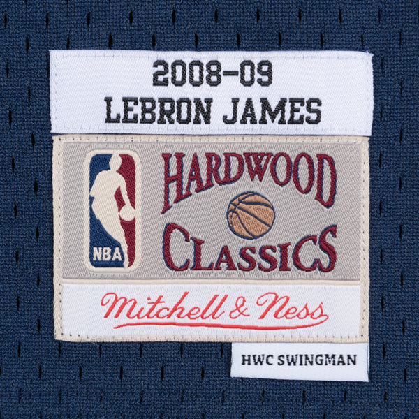 official photos bc129 d80fe NBA Cleveland Cavaliers LeBron James Mitchell & Ness Retro Swingman Jersey  - Navy
