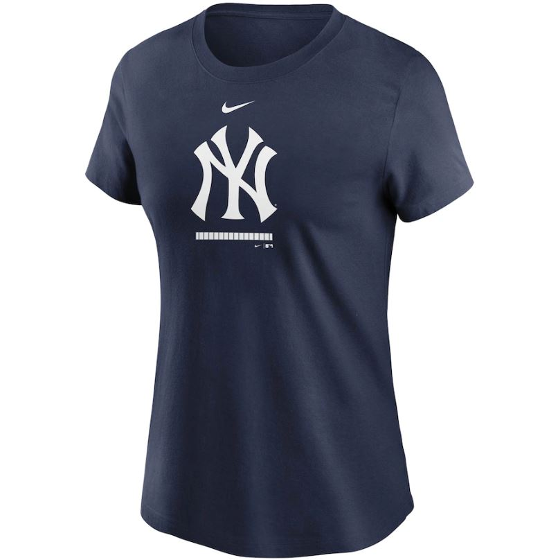MLB New York Yankees Women's Nike Legacy Tee - Navy