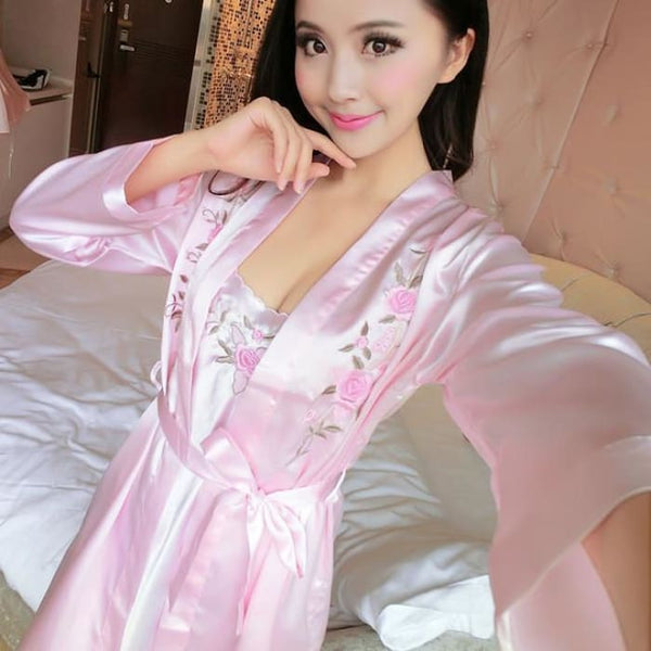 2017 Summer Women Nightgown Women Nightwear Sexy Sleepwear For Women Lingerie Sleepshirts Sexy Nightgowns Sleeping Dress Color2 / S