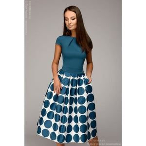 Dress DM00930TR of midi length with short sleeves and a print on the skirt; color: dark turquoise