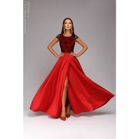 Maxi length dress DM00535RD with cut on the skirt; color: red