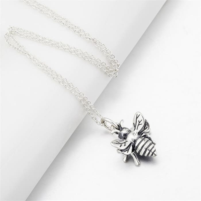 Yfn New 925 Sterling Silver 3D Bee Pendant Necklace Hardworking Flying Honeybee Vintage Necklace 18Inches Chain Necklace Gnx8770 Necklaces