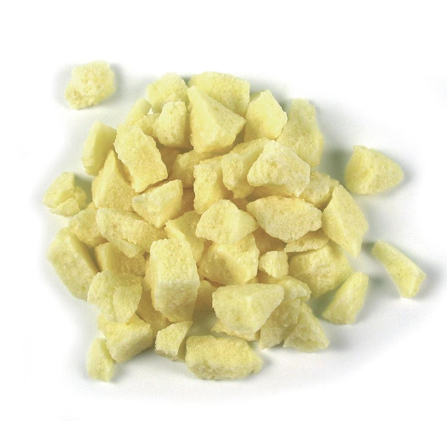 Sosa's light cubes of freeze-dried Pineapple pieces