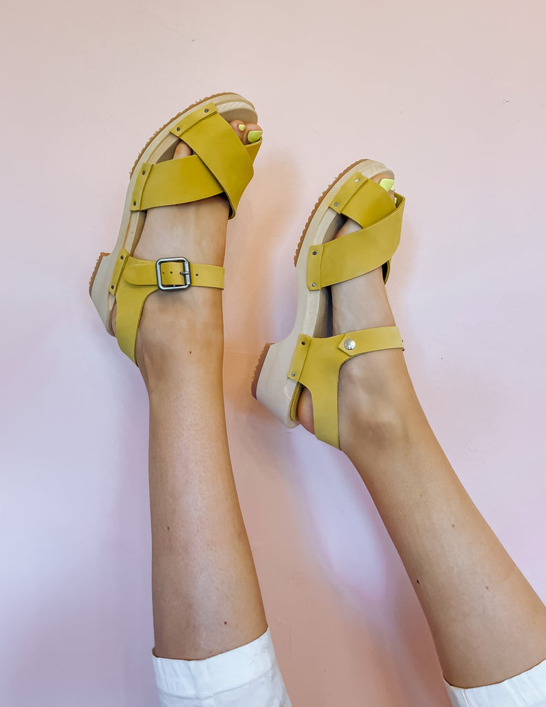 Strappy Sandal - Chartreuse